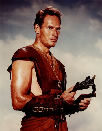 charltonheston.jpg