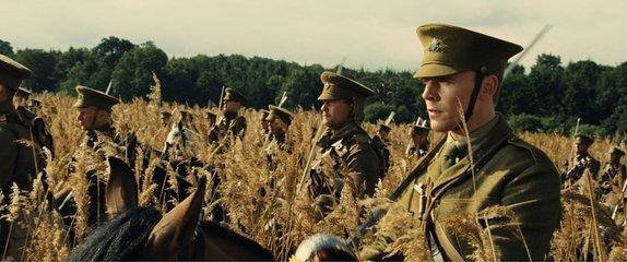Reflets dans un Oeil d'Or - CHEVAL DE GUERRE, 2e partie dans Fiche et critique du film Cheval-de-Guerre-52