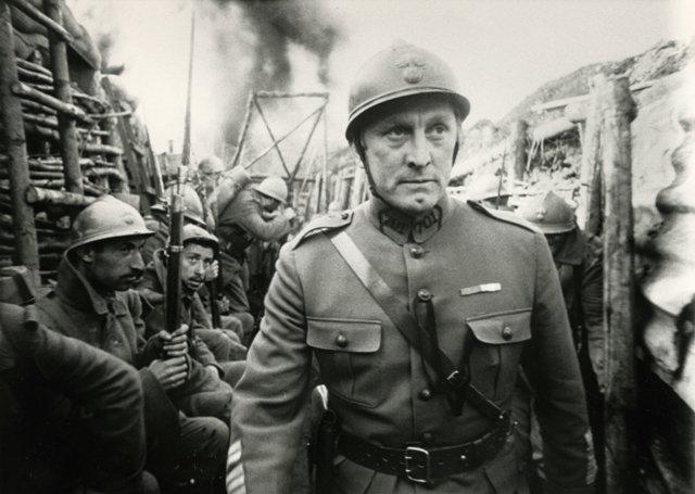 Cheval-de-Guerre-Les-Sentiers-de-la-Gloire-de-Stanley-Kubrick1