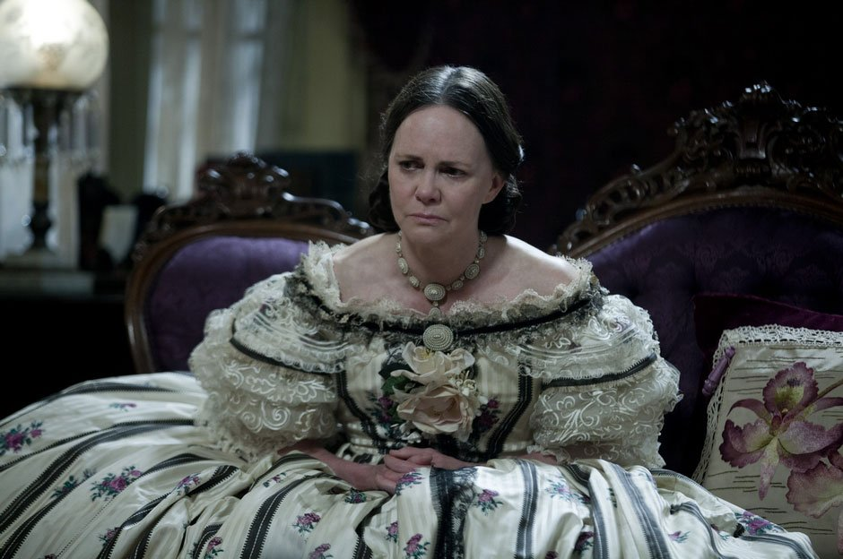 Sally-Field-in-Lincoln-2012-Movie-Image