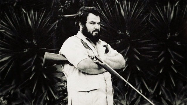 John Milius took his gun !